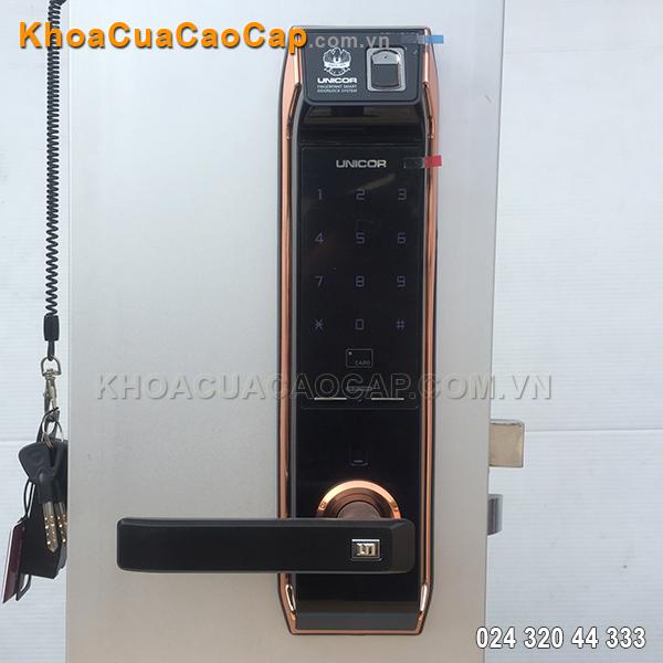 Khóa cửa vân tay Unicor UN-9000-BWSK