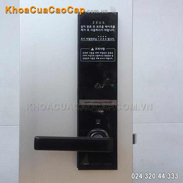 Khóa mật mã thẻ từ UN-6700SK